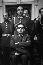 Pinochet et ses trois généraux / José Maria Berzosa, réal. | Berzosa, José Maria. Metteur en scène ou réalisateur